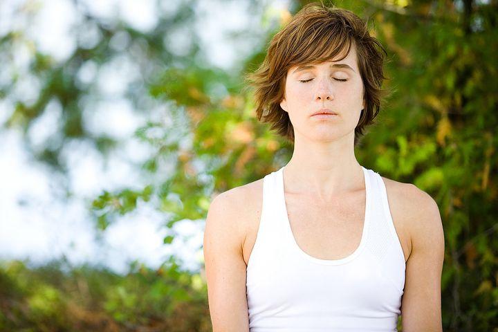 Comment gérer des crises d'angoisse, des insomnies, des émotions négatives dans cette période de confinement